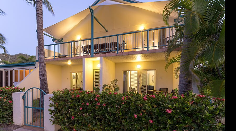Exterior-beachfront-units-one-and-two-bedroom