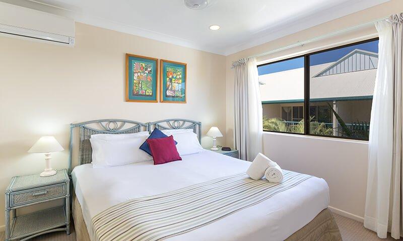 Second-bedroom-in-two-bedroom-beachfront