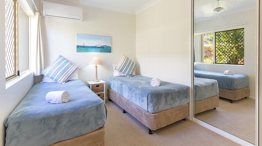 Second-beroom-in-two-bedroom-beachfront-1